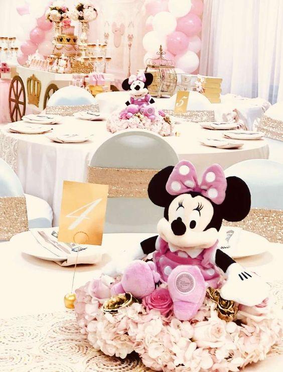 fiesta con tema de minnie mouse para niña 1 año