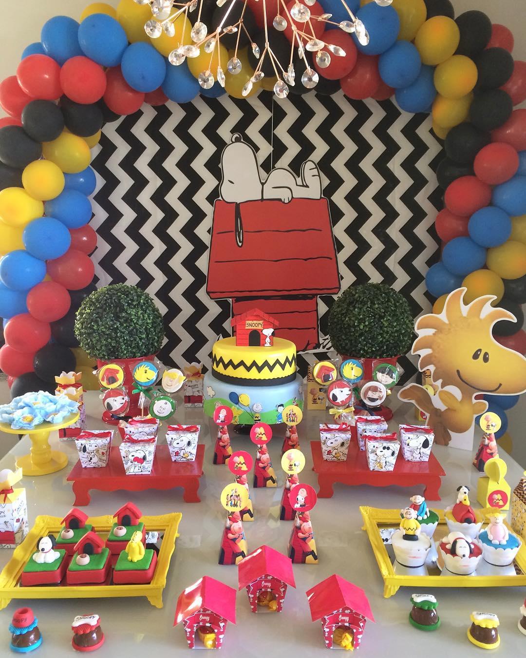 fiesta infantil con tema de snnopy