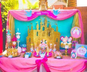 Mesa principal de princesas disney