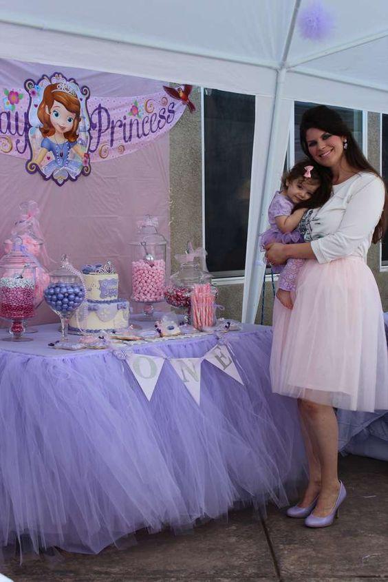 mesa principal de princesita sofia (2)