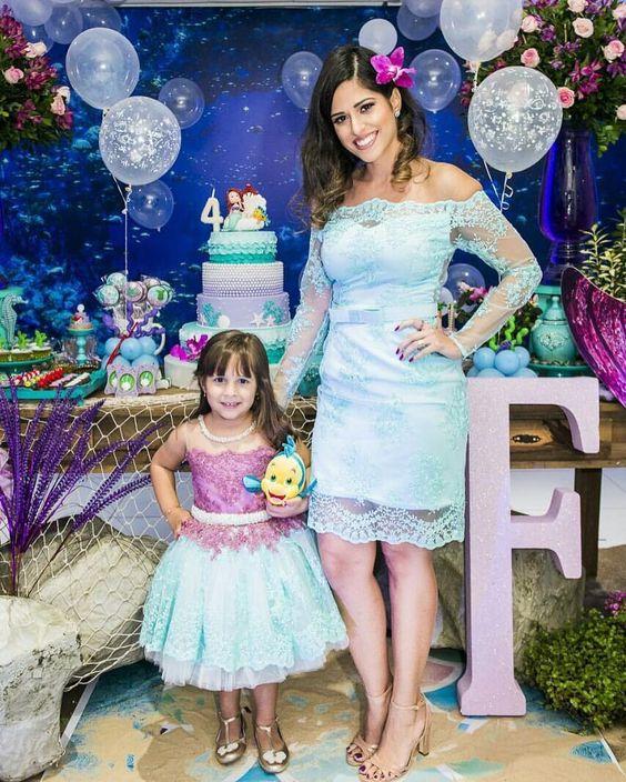 Look de mamá para fiesta infantil de la sirenita