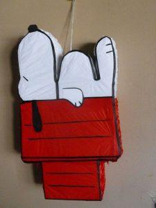 piñata de snnopy