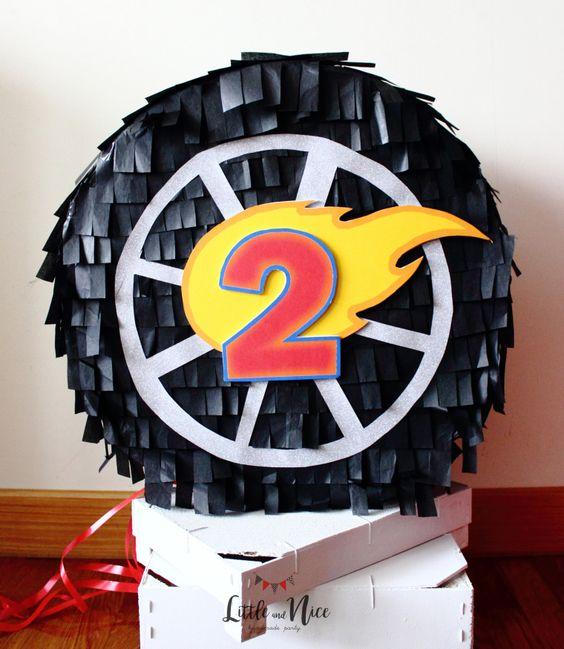 Piñatas de hot wheels