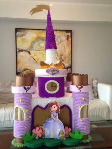 Piñatas de princesita sofia