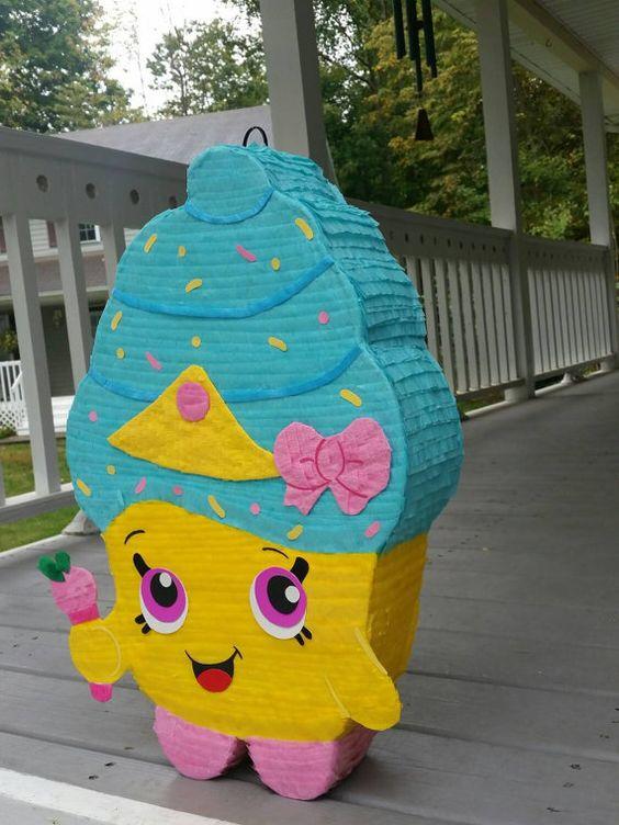 Piñatas de Shopkins