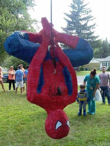 pinatas de spiderman (1)