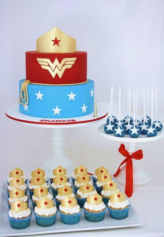 pasteles de la mujer maravilla