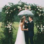 altar para bodas con flores naturales