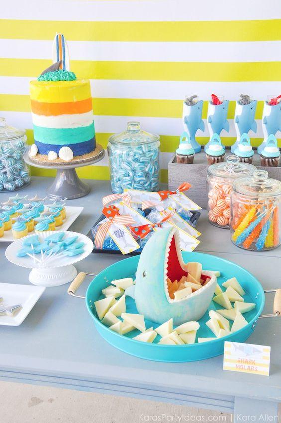 Mesas de postres de baby shark