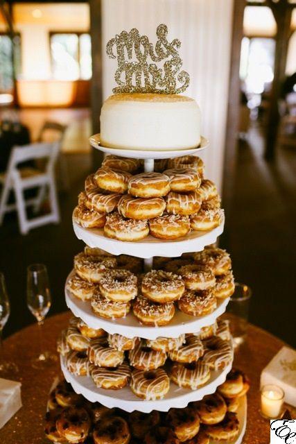 Pastel de donas para boda