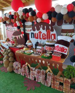 mesa de dulces para fiesta de nutella